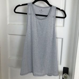 Athleta muscle crop tank - barely used!
